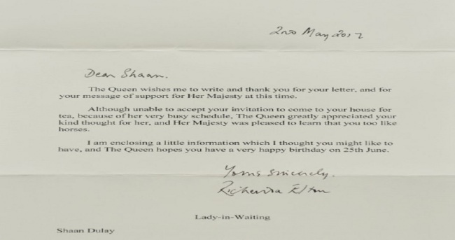4 years old indian british invites queen the letter from buckingham palace stopboris Images