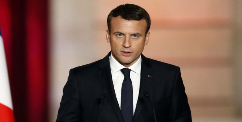 406b0511202 French President Emmanuel Macron to hold crisis meeting over  yellow vest   protests